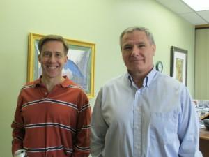 Rodney Sturdivant教授(左)和Joseph Myers教授(右,初评负责人)